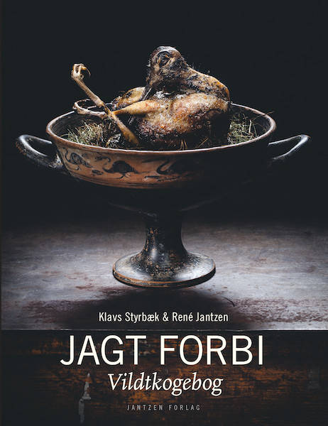 106484-jagt-forbi-forside-462x600.jpeg