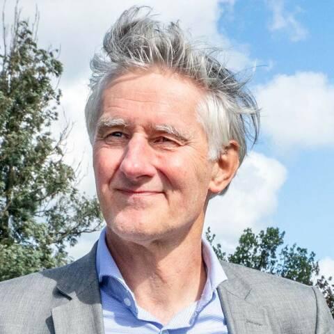 Foto van Luc Kohsiek bij een korte biografie over hem.